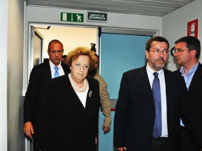 20120520_cancellieri_sindaco_brindisi_2