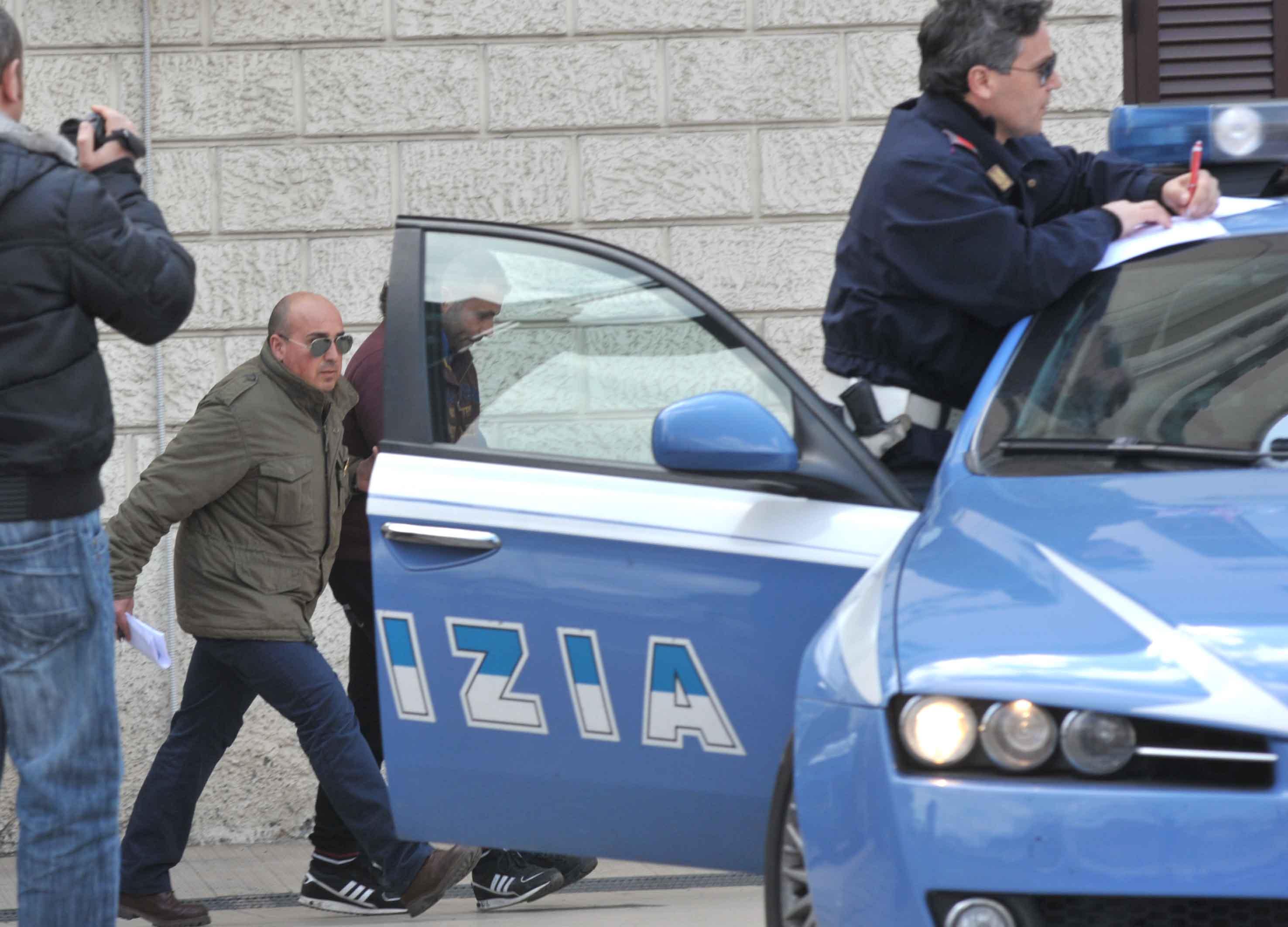 POLIZIA_ARRESTI_OPERAZIONE_MERCATO